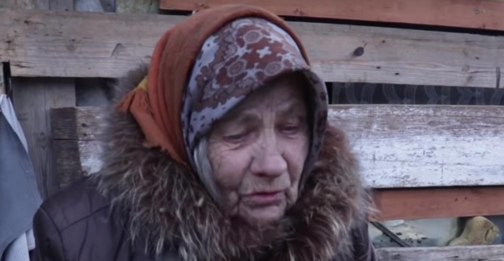 СКР начал проверку из-за живущей в бане 85-летней пенсионерки из Атамановки