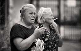 Постояльцы дома-интерната в Атамановке пожаловались на отсутствие курилки
