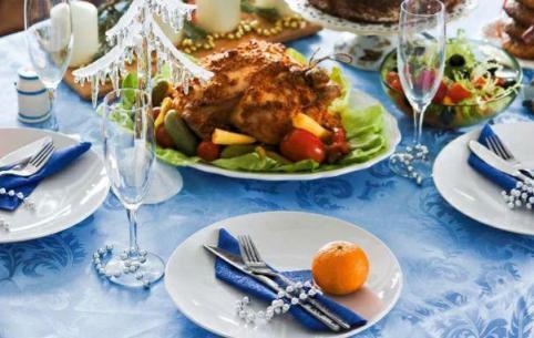 На новогодний стол россиянам посоветовали ставить крымские и краснодарские вина