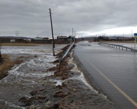 Режим ЧС могут объявить в четырех районах Забайкалья из-за паводка