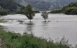 Уровень воды в реке Хилкотой преодолел критическую отметку. Село под угрозой затопления.