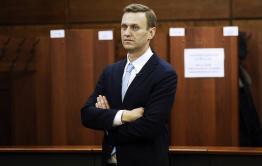 Навальный обвинил Путина в причастности к своему отравлению. В Кремле его слова назвали недопустимыми и обвинили в связях с ЦРУ.