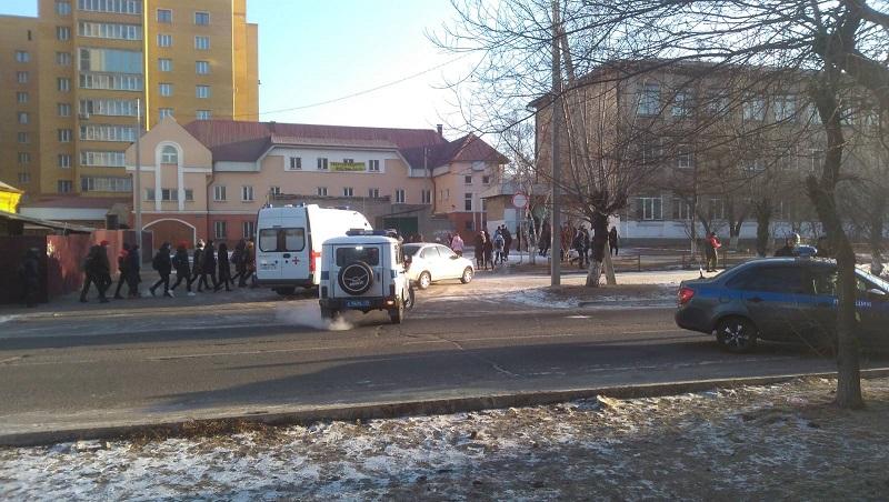Полиция эвакуировала учеников школы №2 в Чите