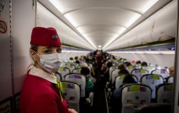 Власти выявляют и изолируют пассажиров, летевших на одном борту из Москвы с зараженной коронавирусом читинкой
