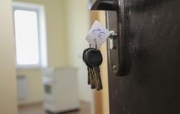 В Петровск-Забайкальском районе сироте не дают квартиру и не говорят номер очереди