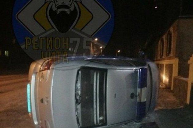 Пьяные хулиганы перевернули машину Росгвардии на Черновских