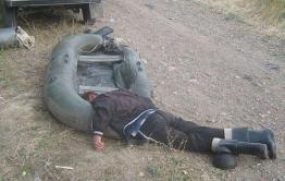 Отдых на берегу водоема: напиться, уснуть, лишиться машины