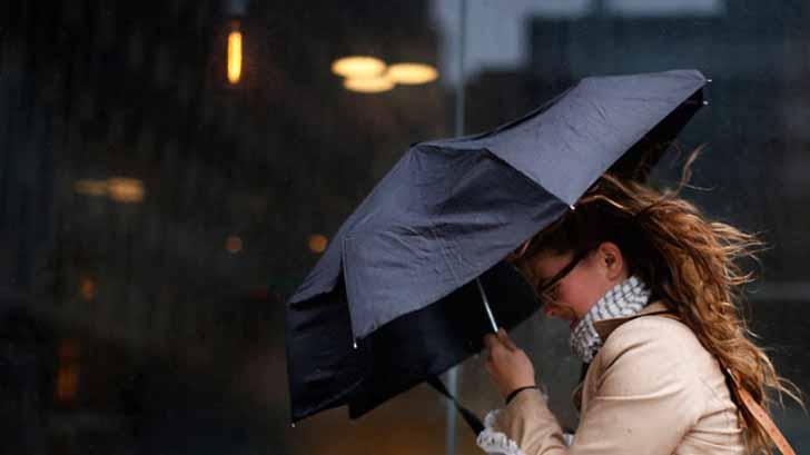 Штормовое предупреждение объявили в Забайкалье из-за сильного ветра, ливней и гроз