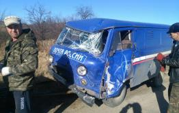 Водитель автомобиля «Почты России» заснул за рулем и перевернул машину