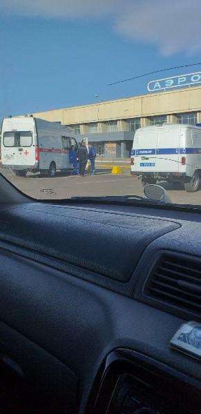 Читинский аэропорт эвакуировали из-за бесхозного предмета на борту самолета