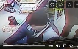 Полиция просит опознать подозреваемых в краже