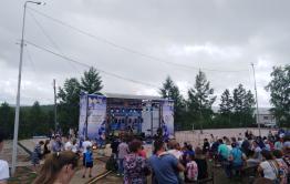 Осипов по телефону поздравил металлургов в Газ-Завод, куда не смог прилететь из-за дождя