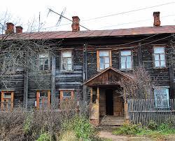 В Могзоне власти вероломно выселяют пенсионера из его квартиры и переселяют в непригодное жилье