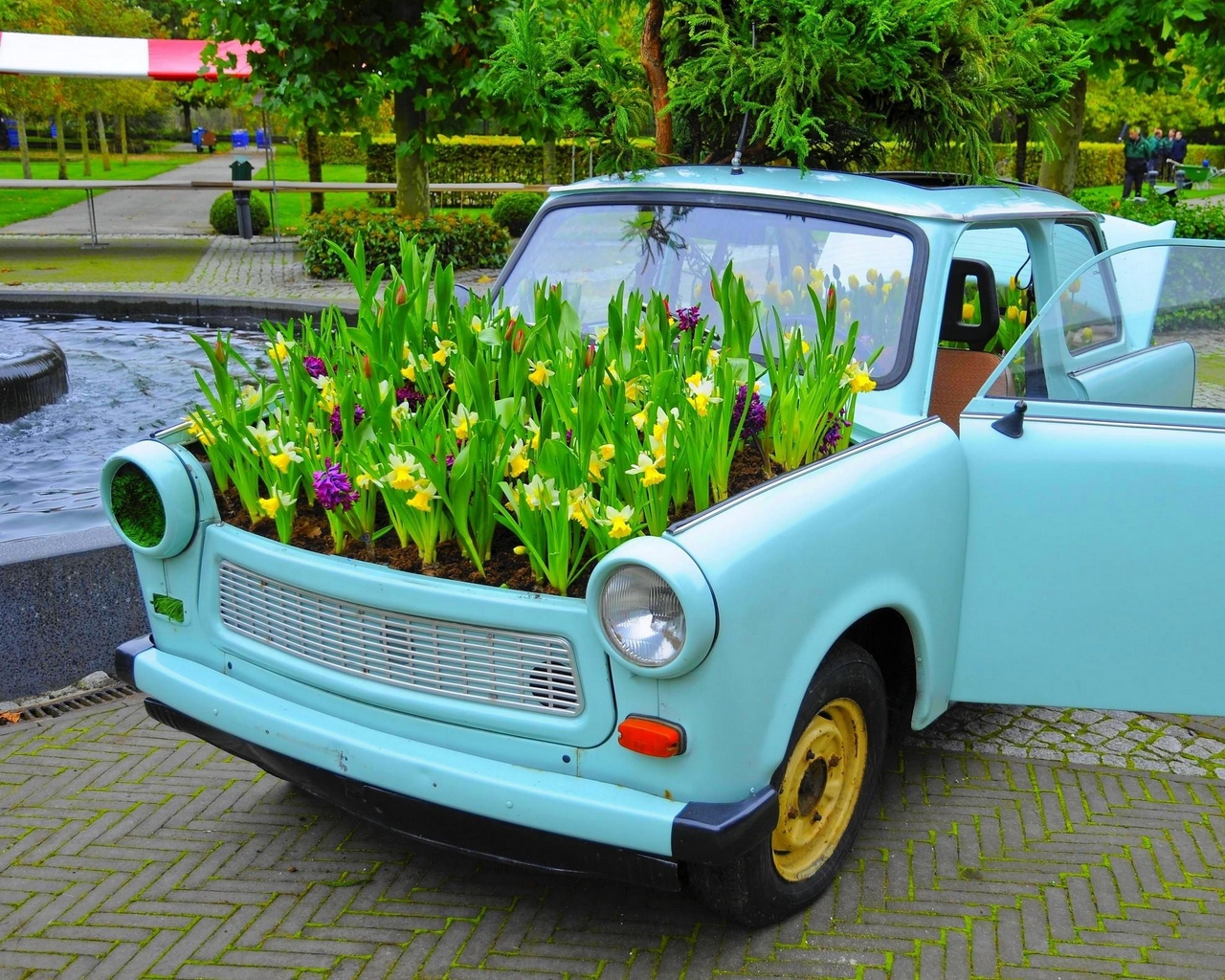 В Госдуме предложили запретить эксплуатацию старых машин
