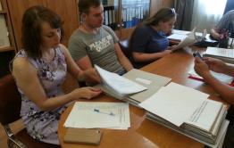 Гайдук сдал необходимое количество подписей в избирком