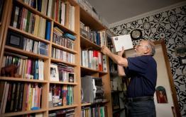 Передать книги в сельские библиотеки желает жительница Краснокаменска