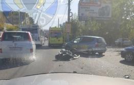 В Чите в аварии пострадали мотоциклист и его пассажирка