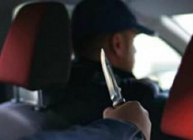 Отморозки порезали таксиста в Забайкальске