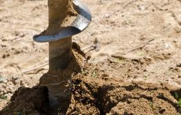 Бурение скважины в Приисковом, где выявили отравленную воду, подходит к концу