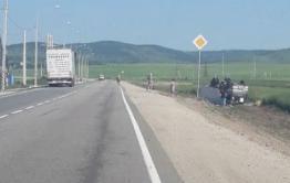 Хлебовозка перевернулась из-за столкновения с грузовиком под Читой