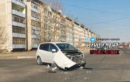Водитель авто перепутал педали и совершил ДТП в Краснокаменске