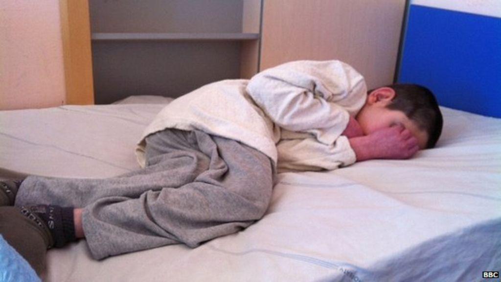 Прикованному к постели .ребенку-инвалиду в Забайкалье почти полгода не выдают подгузники