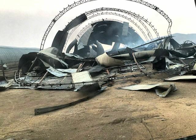 В Целинном Краснокаменского района сгорел ангар с пшеницей