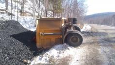 Хотите уголь на халяву? Бегите в чикойскую тайгу. Перед въездом в Красночикойский район, 12 марта 2020.