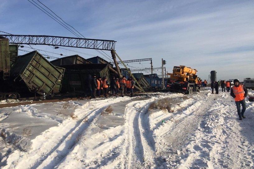12 грузовых вагонов сошли с путей в Забайкалье