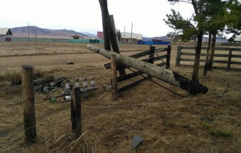 Один сгоревший столб оставил без света центр Кыринского района