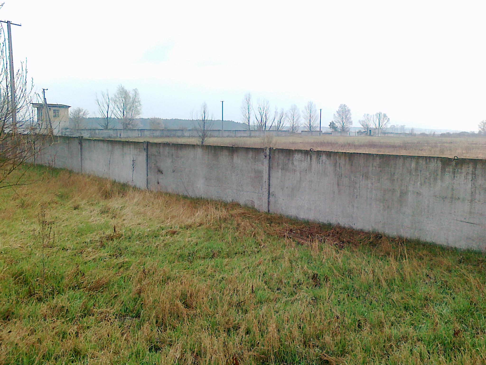 Солдат-срочник погиб под упавшей бетонной плитой в Песчанке
