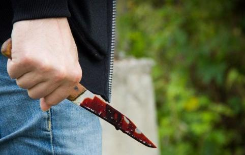 Отморозка из Краснокаменска задержали по подозрению в покушении на убийство двух человек