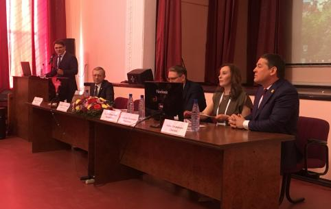 По приглашению главы Забайкалья в Чите работают врачи-нейроонкологи