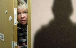  Мошенница, вышедшая из тюрьмы несколько дней назад, обманула забайкальцев под видом соцработника