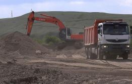 Технику, которая уничтожала озеро в Забайкалье, отозвали после публикаций «Вечорки»
