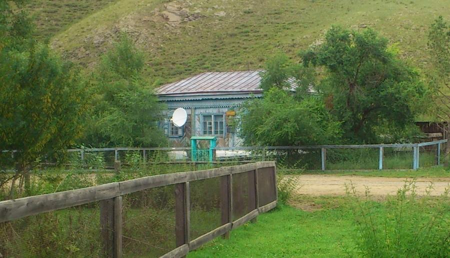 Житель села Улятуй пожаловался, что решение суда по ремонту окон до сих пор не исполнено