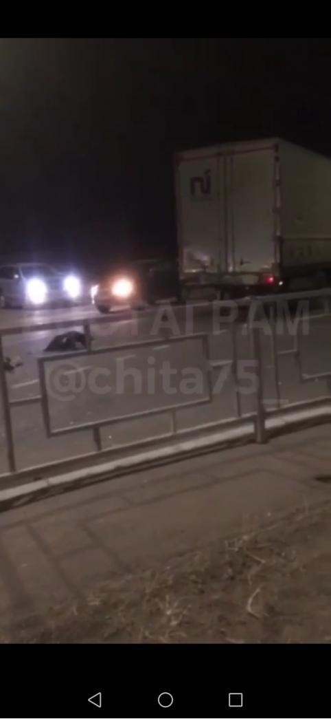 Водитель легковушки и ребёнок погибли в ДТП в посёлке Забайкальск
