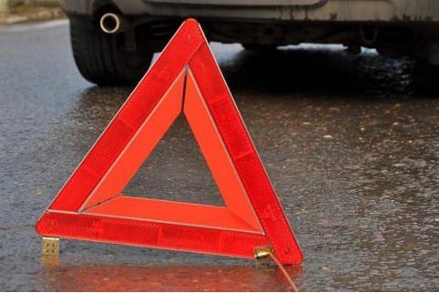 Легковушка врезалась в «КАМАЗ» на трассе Чита — Хабаровск