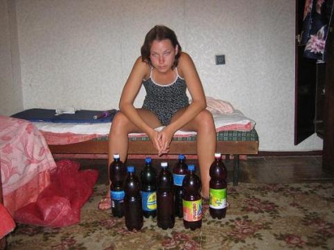 Читинка пришла в гости к знакомому и украдкой своровала 28 тысяч рублей