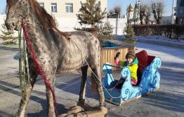 Жительница Агинского поблагодарила односельчан и властей за прекрасный ледовый городок