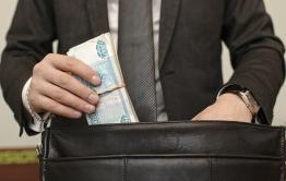Предприниматель скрыл налогов на 3,8 млн рублей и накопил задолженность по зарплате в 1,5 млн в Чите