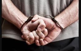 Двух хилокчан обвинили в убийстве двух мужчин — они избили их, бросили в подполье и подожгли дом
