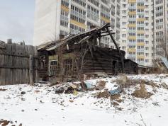 Вот так выглядит центр Читы. Это фото  сделано на  улице Чкалова сегодня, 19 марта. Шокирующий репортаж из окровавленного сердца столицы Забайкалья читайте совсем скоро.