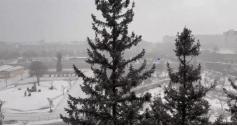 Необычное природное явление - снег с грозой пронесся над Читой. 24.03.2021 г. Фото: Соцсети