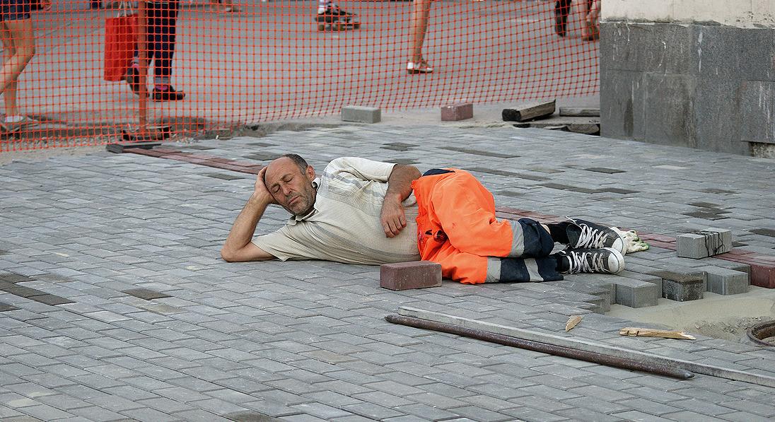 Рабочие в Чите обворовали работодателя на 300 тысяч рублей