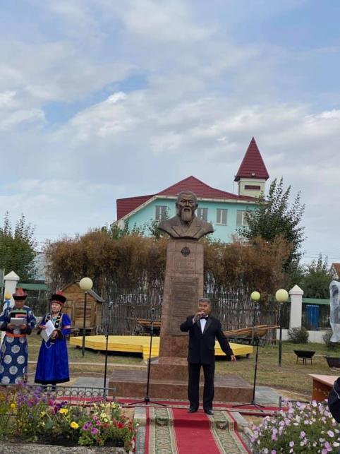 Жамсуев поздравил жителей АБО с днем рождения округа
