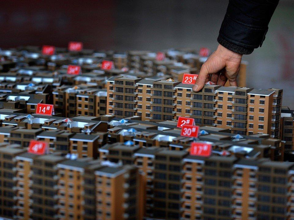 Осипов поручил властям начать снижение цен на жилье в Забайкалье