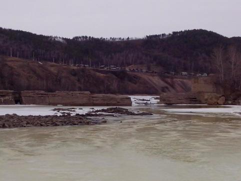 В Могочинском районе мужчины убили пенсионера и сбросили тело в реку