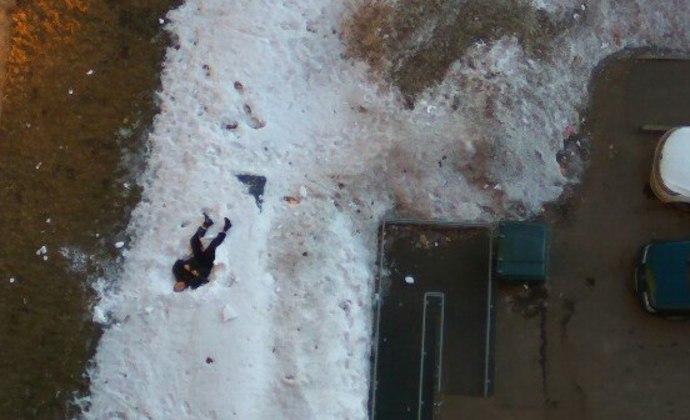 Мужчина выпал с 9 этажа в Краснокаменске