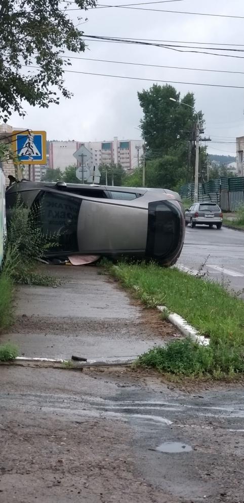 В сети появилось видео ДТП с участием полицейской «Газели» в Чите